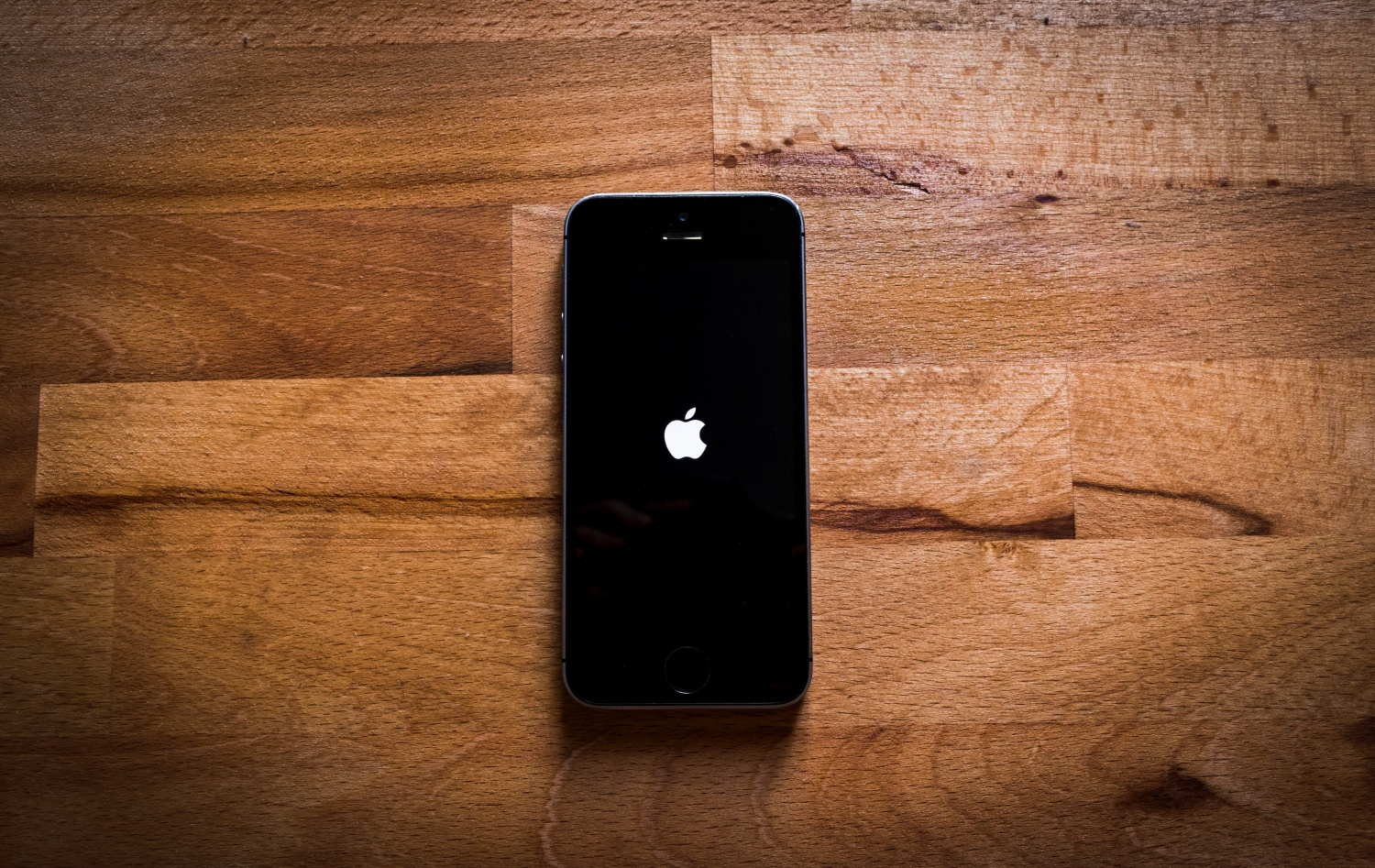 spy on iphone without installing
