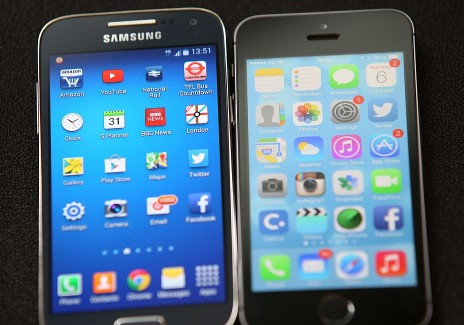 Apple And Samsung Rivalry Continues