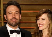 Jennifer Garner is said to be trying to work out her marriage with Ben Affleck, thus she is trying to give each other another chance.