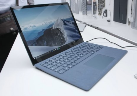 Does the Microsoft Surface Laptop Stand A Chance Against The 2016 MacBook Pro?