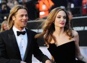 Actor Brad Pitt has been seen with friends and noticeably happy since the split with his wife, Angelina Jolie, sparking rumors that the former might be getting ready to get back to the dating scene.