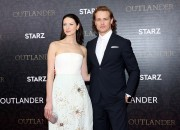 Caitriona Balfe and Sam Heughan are doing it again, bickering and poking fun at each other on social media and this time at their buttocks.