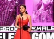 Selena Gomez and Tyra Nelson delivered emotional messages during the American Music Awards (AMAs) 2016 held on Sunday, Nov. 20. Gigi Hadid mocked Melania Trump while Green Day made a political stand. View the complete list of winners below.